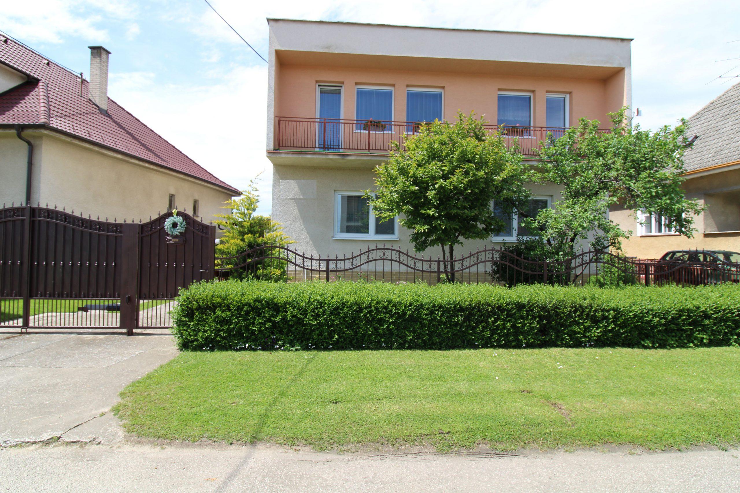 ZĽAVA BRANDreal – veľký 7 izbový rodinný dom 1162 m², Trebatice